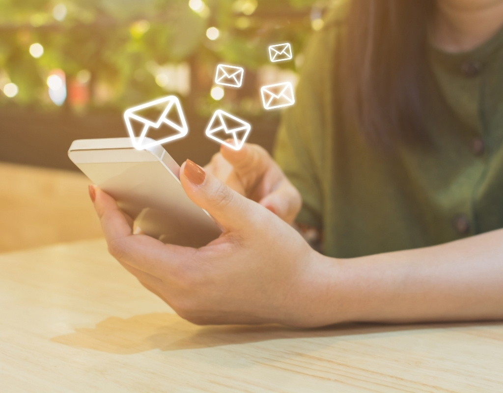 personalized mailind or recommender system for e-commerce