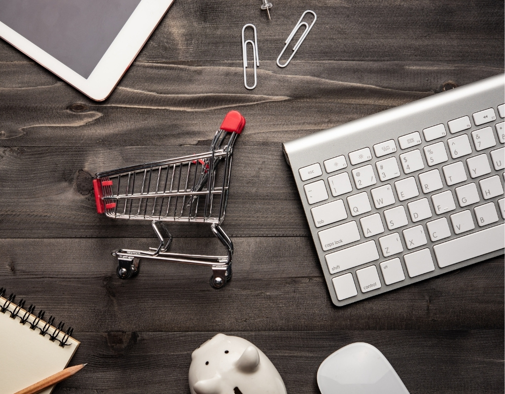 How can online retailers reduce or avoid cart abandonment?